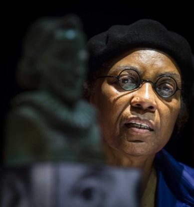 Astrid H. Roemer krijgt meest prestigieuze literaire prijs voor strijdbaar en gedreven oeuvre