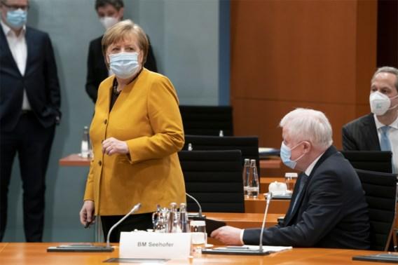 Merkel heft paasrust op na storm van kritiek