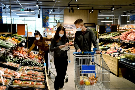 Nederlandse Albert Heijn bant plastic zakjes, België wacht af
