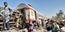Treinbotsing in Egypte nadat onbekenden aan noodrem trekken: meer dan 30 doden