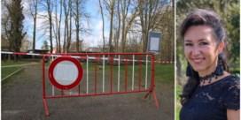 Tiener zwaargewond door omgevallen boom in park