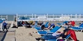 Eerste zonnestralen veroorzaken geen stormloop naar zee, mee door nationale staking
