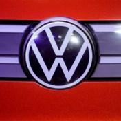 Volkswagen uit de bocht met vroege aprilgrap