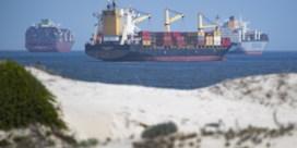 File bij Suez verlegt zich naar Europese havens