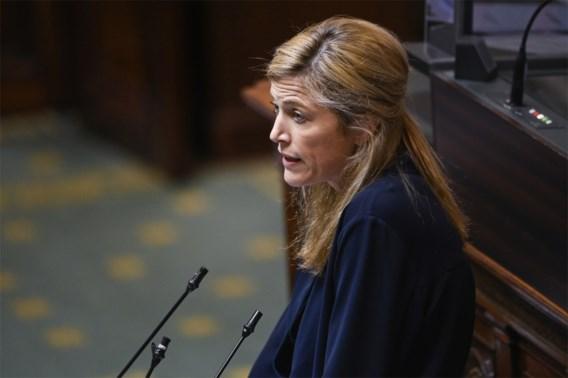 Rechter zet regering onder druk om vaart te zetten achter pandemiewet