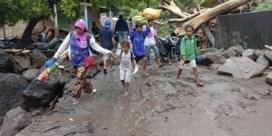 Al bijna honderd doden door overstromingen en aardverschuivingen in Indonesië en Oost-Timor