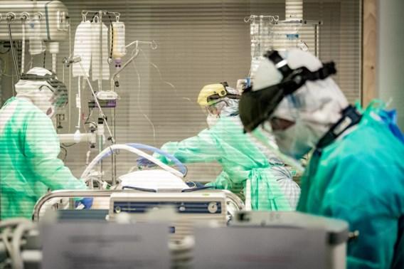 Daling van het aantal ziekenhuisopnames, forse stijging van aantal doden