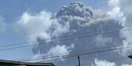Duizenden inwoners geëvacueerd na vulkaanuitbarsting
