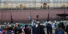 Britten eren prins Philip met 41 saluutschoten