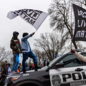 Avondklok in Minneapolis na dood zwarte jongeman tijdens verkeerscontrole
