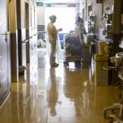 Daling van ziekenhuisopnames zet door