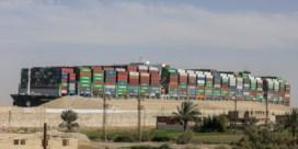 Het Suezkanaal is vrij, maar wie betaalt de rekening?