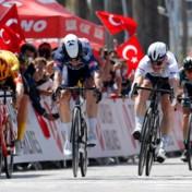 Jasper Philipsen sprint naar zijn tweede ritzege in Ronde van Turkije