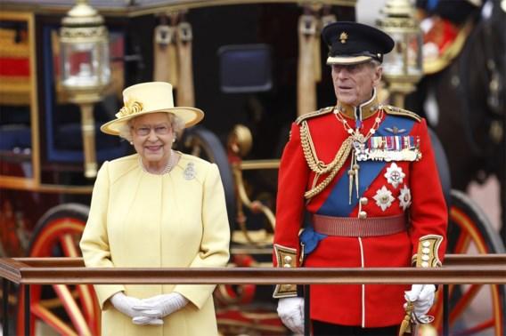 Queen opnieuw aan het werk terwijl coronaveilige begrafenis prins Philip wordt voorbereid