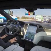 Twee doden bij ongeval met een vermoedelijk zelfrijdende Tesla