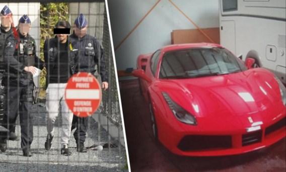 Een dertigtal personen werd in 2019 meteen opgepakt. Sommigen reden met dure Ferrari's.