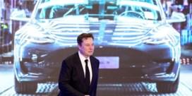 Elon Musk: 'Automatische piloot stond niet aan tijdens dodelijk ongeval', politie plant huiszoeking bij Tesla