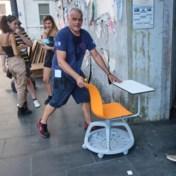 Dure 'covid'-schoolbankjes in Italië hét symbool van verspild overheidsgeld