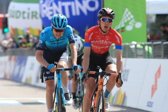 Pello Bilbao schrijft bergrit in de Tour of the Alps op zijn naam na straffe comeback in afdaling
