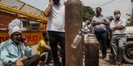 Voor armere zieke Indiërs wordt ademen onbetaalbaar