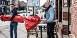 Cafés net over Nederlandse grens klaar om Belgen te verwelkomen