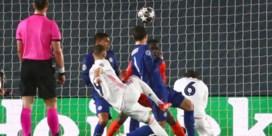 Courtois en Benzema redden Real Madrid
