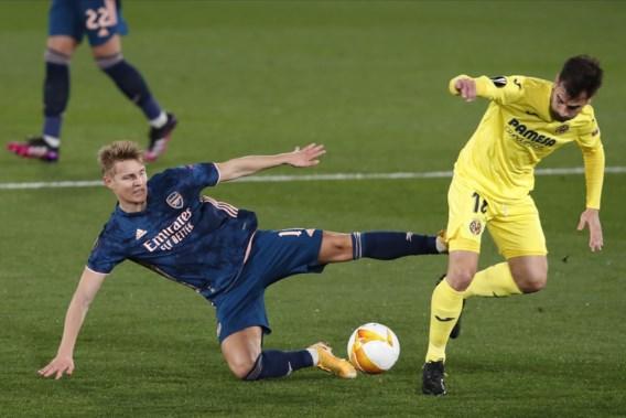 Arsenal verliest bij Villarreal, maar houdt dankzij omstreden penalty hoop op Europa League-finale levend