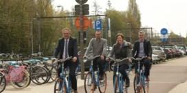 Blue-Bike opent vier uitleenposten voor blauwe deelfietsen in Antwerpen