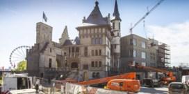 Antwerpen schrikt van'zelfhaat in stenen'