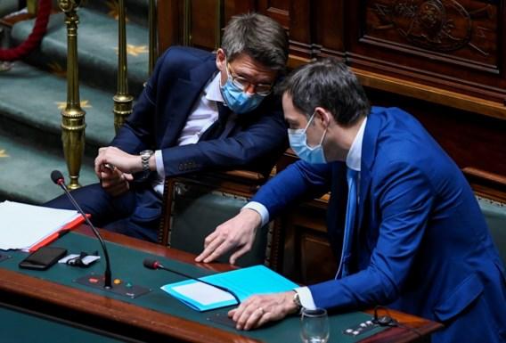 Premier houdt sociaal overleg in leven