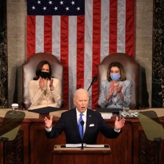 Biden gaat all-in, maar de kaarten liggen moeilijk