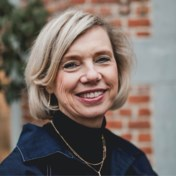 De stijlgeheimen van Helga Meermans: 'Een mooi figuur begint met een goede beha'