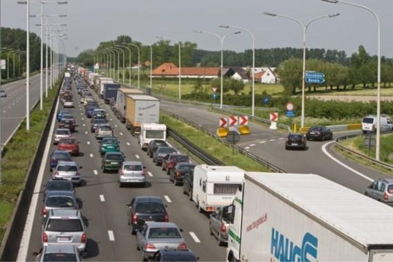 Verkeer op E40 opnieuw genormaliseerd na ongeval met vrachtwagen