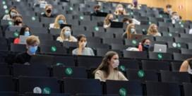 UGent bekijkt of cursusmateriaal delen strafbaar kan worden