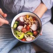 Gezond en goed voor het milieu sporen in voedingsdriehoek