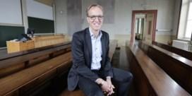 Van de Walle in één ronde herkozen als rector UGent