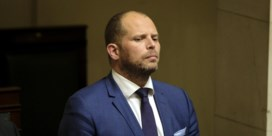 Kamervoorzitter knipt in wedde Francken