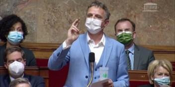 Franse politicus veroorzaakt ophef door joint boven te halen in parlement