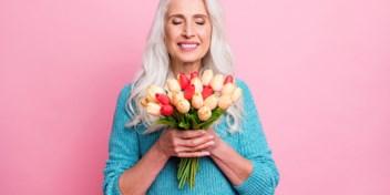 Zet je mama in de (juiste) bloemetjes op Moederdag