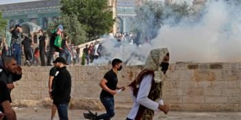 Palestijnen en Israëlische politie raken opnieuw slaags op Moskeeplein