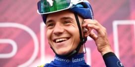 Evenepoel na eerste krachtmeting in Giro: 'Ik wilde vooral mezelf niet opblazen'