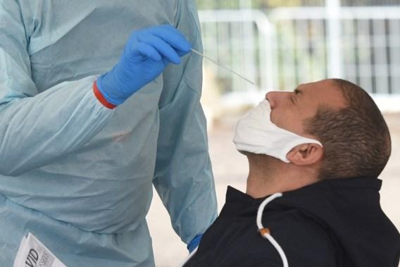 'Coronatests gratis maken zolang niet iedereen gevaccineerd is'