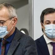 Rood-blauwe spanning breidt zich uit tot aanpak pandemie
