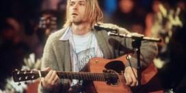 Zes haren van Kurt Cobain brengen 11.600 euro op