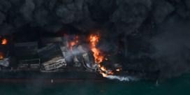 Schip geëvacueerd na explosie en inferno op zee