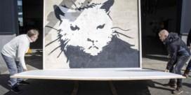 Stuk muur met Banksy brengt 380.000 euro op in Zwolle