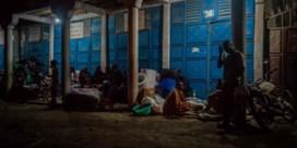 400.000 mensen tussen vulkaan en cholera