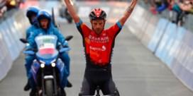 Damiano Caruso wint laatste bergrit en doet ultieme gooi naar roze met lange aanval, maar Egan Bernal houdt stand
