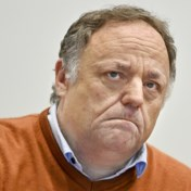 Marc Van Ranst: 'Beter anderhalve maand gewacht met versoepelingen'
