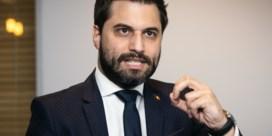 MR verzet zich tegen benoeming regeringscommissaris met hoofddoek